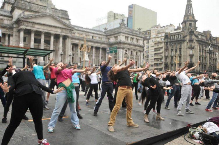 """Trabajadores de la danza"""": una historia de arte y compromiso ..."""
