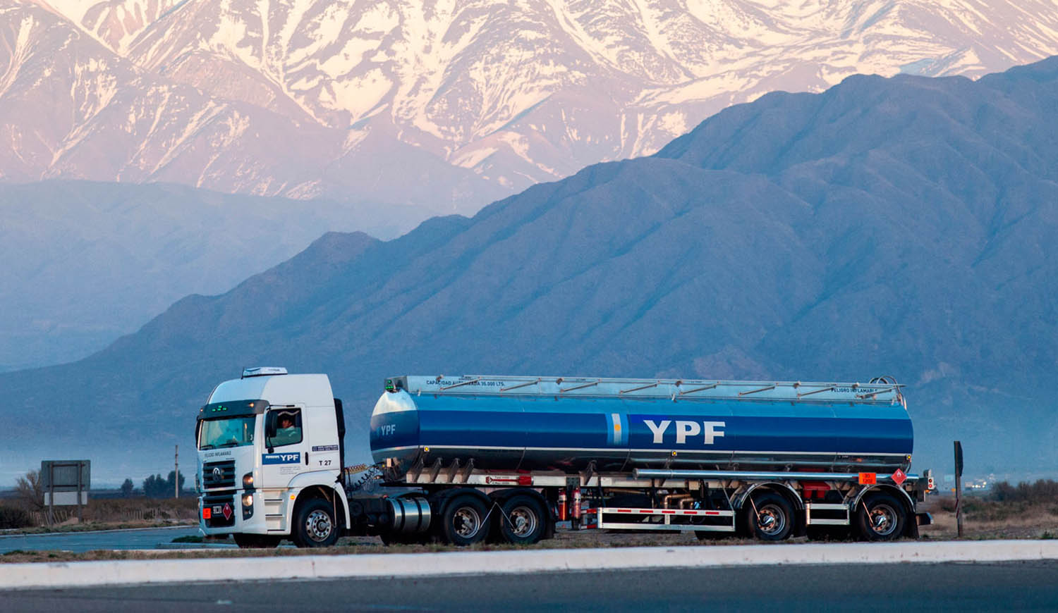1529540430475Camion-ypf1