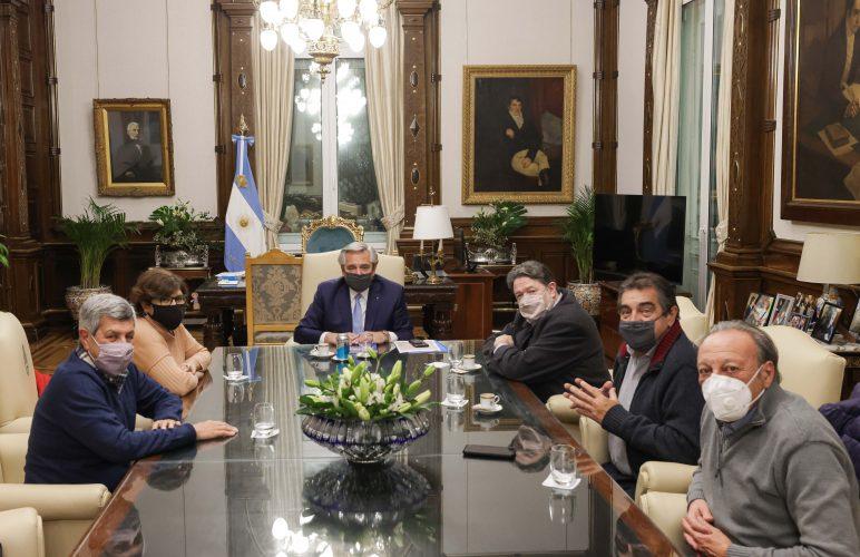 Unidad Popular con Alberto Fernández, Víctor De Gennaro, Leticia Quagliaro, Claudio Lozano, Hugo Amor, Hugo Cachorro Godoy